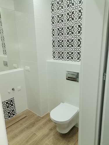 sedes podwieszany - łazienka