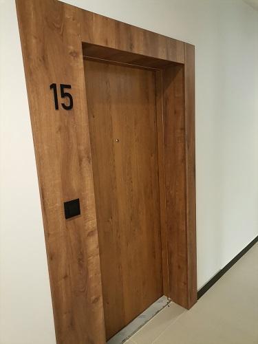 drzwi do mieszkania w katowicach