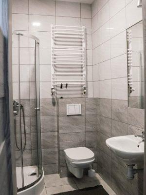 lokal pracowniczy - łazienka