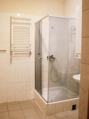 łazienka w lokalu pracowniczym